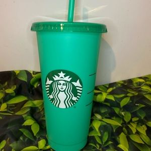 Starbucks color changing cup 🌟
